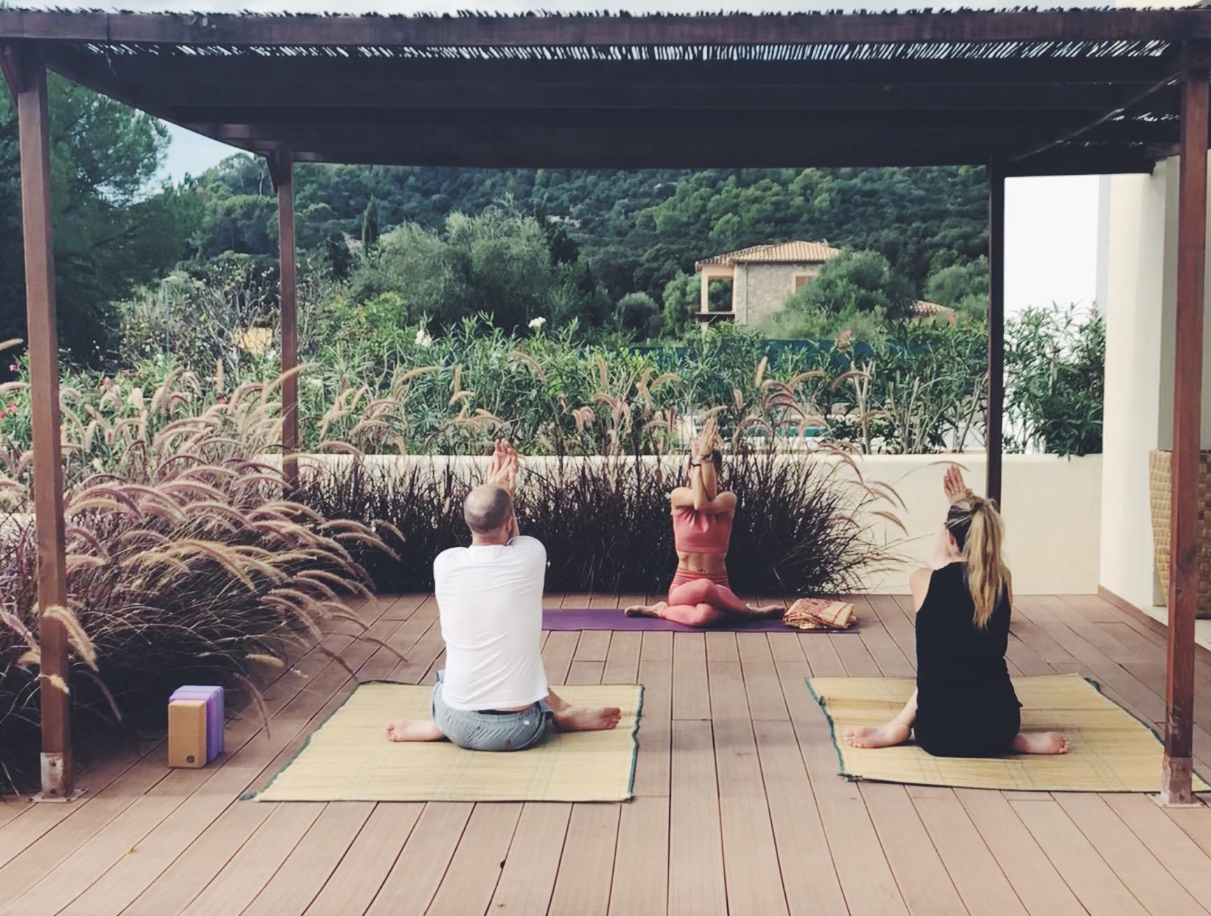 Yoga auf Mallorca.JPG
